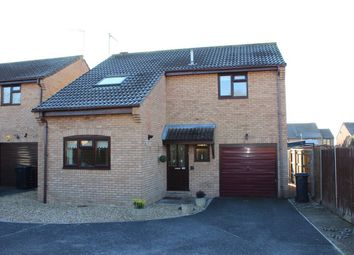 Thumbnail 3 bed detached house for sale in Grafton Close, Taunton