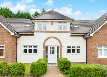 Thumbnail 4 bed property for sale in Meadow Way, Hemel Hempstead