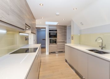 Thumbnail 3 bed flat for sale in Southdown Road, Harpenden