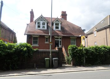 Thumbnail 2 bed flat to rent in Hitchin Road, Luton