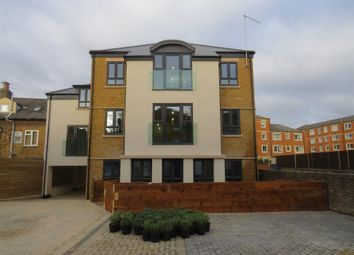 Thumbnail 2 bedroom flat for sale in Queen Anne Road, Maidstone