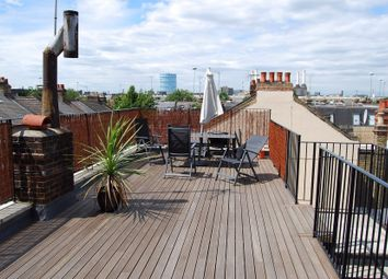 Thumbnail Studio to rent in Andrew Place, London