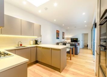 Thumbnail 2 bedroom bungalow for sale in Hillfield Mews, Hornsey