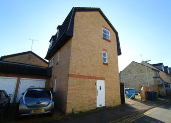 3 bed detached house to rent in East Hartford Street, Cambridge CB4