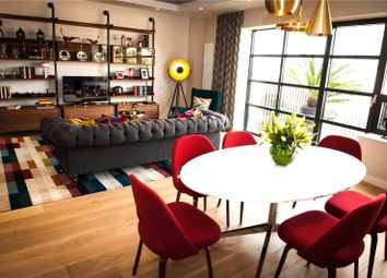 Thumbnail 2 bed flat for sale in Hope Street, London City Island, London