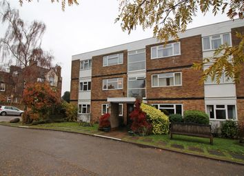 Thumbnail 2 bed flat for sale in Doctors Commons Road, Berkhamsted
