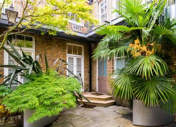 Thumbnail 3 bed mews house for sale in Montagu Mews North, London
