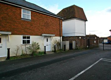 Thumbnail 2 bed detached house to rent in St. Peters Road, Petersfield