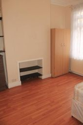 Thumbnail Room to rent in Colless Road, Seven Sisters, London