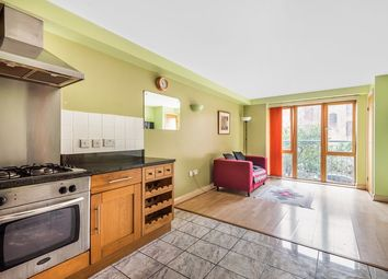 2 bed flat for sale in Raleigh Square, Nottingham, Nottinghamshire NG7