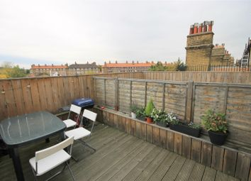 Thumbnail 2 bed flat to rent in Old Kent Road, London