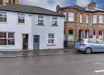 Compton Terrace, Hoppers Road, London N21. 2 bed property for sale