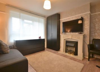 Thumbnail 1 bed flat to rent in Central Road, Morden