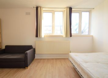 Thumbnail 4 bed flat to rent in Pownall Road, London Fields