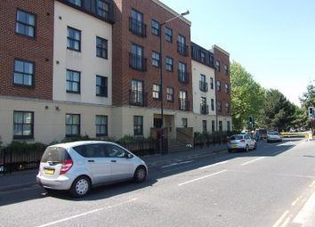 Thumbnail 2 bed flat to rent in York Road, Bristol