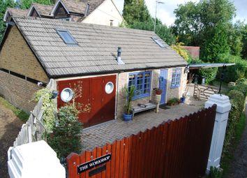 Thumbnail 2 bed barn conversion to rent in Heronsgate Road, Chorleywood, Rickmansworth