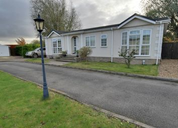 Thumbnail 3 bedroom mobile/park home for sale in Lazy Otter Meadows, Cambridge Road, Stretham, Ely, Cambridgeshire