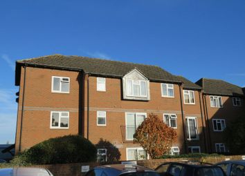 Thumbnail 2 bed flat to rent in Wethered Road, Marlow