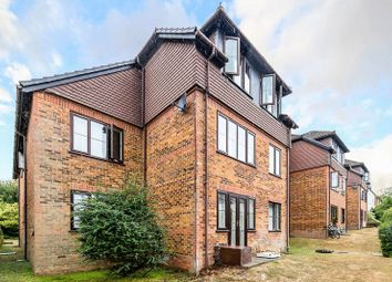 Thumbnail 2 bed flat for sale in Earlswood Road, Redhill
