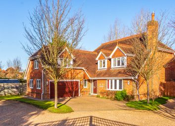 Thumbnail 5 bed detached house for sale in Easthampstead Road, Wokingham, Berkshire
