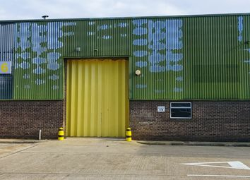 Thumbnail Warehouse to let in Dukes Park, Chelmsford