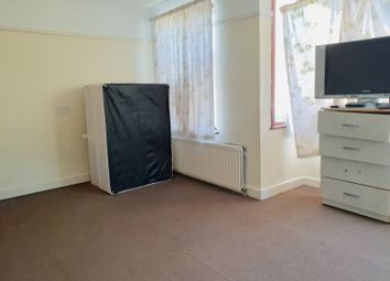 Thumbnail 6 bed shared accommodation to rent in Kent House Road, Sydenham