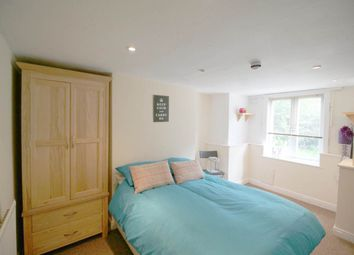 Thumbnail 6 bed shared accommodation to rent in Grimthorpe Place, Headingley, Leeds