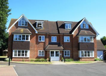 Thumbnail 2 bed flat for sale in Long Acre, Holmer Green, High Wycombe