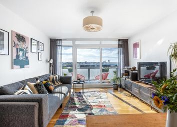 Daubeney Road, London E5. 2 bed flat for sale