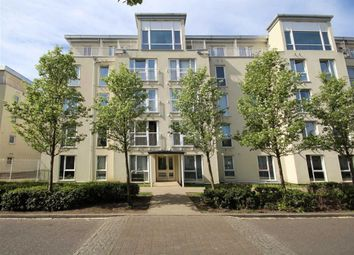 Thumbnail 1 bed flat to rent in Melliss Avenue, Kew, Richmond