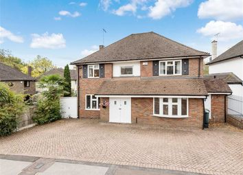 Thumbnail 4 bed property to rent in Courtleigh Avenue, Hadley Wood, Hertfordshire