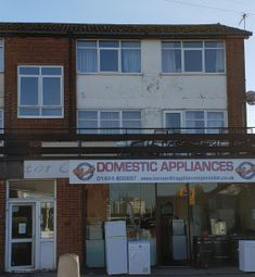 Thumbnail 2 bed flat to rent in Sedlescombe Road North, St Leonards On Sea