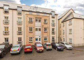 Thumbnail 3 bed flat for sale in 5/4 Waverley Park, Abbeyhill, Edinburgh