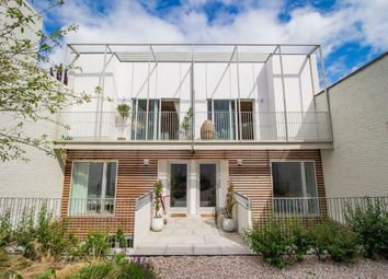 Thumbnail 3 bed mews house for sale in Hammersmith, London
