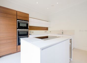 Thumbnail 4 bed town house to rent in Ashridge Close, Finchely, London
