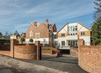 Thumbnail 3 bed flat for sale in South Park Drive, Gerrards Cross, Buckinghamshire