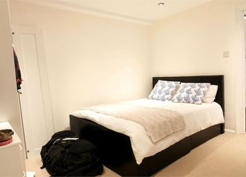 Thumbnail 1 bed flat to rent in Oakhill Road, Sutton, England