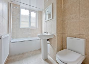 Thumbnail 4 bedroom maisonette to rent in Manchester Road, Isle Of Dogs, Docklands