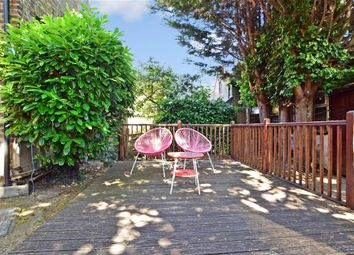 1 bed maisonette for sale in Mulberry Way, London E18