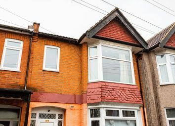 Thumbnail 2 bed flat to rent in Victoria Road, Southend-On-Sea