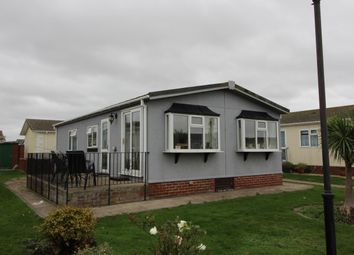 Kings Park, Creek Road, Canvey Island SS8. 2 bed mobile/park home for sale