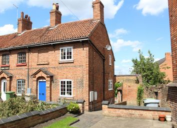 Thumbnail 2 bed cottage for sale in Barnby Gate, Newark