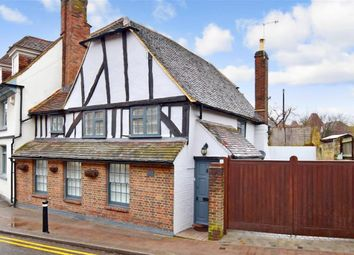 4 bed detached house for sale in High Street, Yalding, Maidstone, Kent ME18