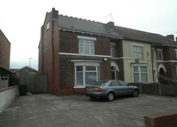 Thumbnail 2 bedroom flat to rent in Manor Court, Moat Road, Walsall