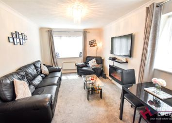 1 bed flat for sale in Copperfields, Laindon, Basildon, Essex SS15