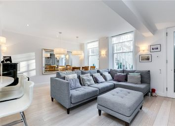 Thumbnail 3 bed flat to rent in Nevern Square, Earls Court, London