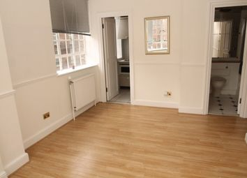 Thumbnail 1 bed flat to rent in Chelsea Cloisters, London