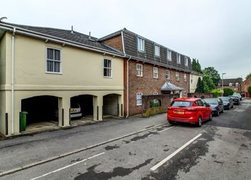Thumbnail 1 bed flat to rent in York Mews, Alton