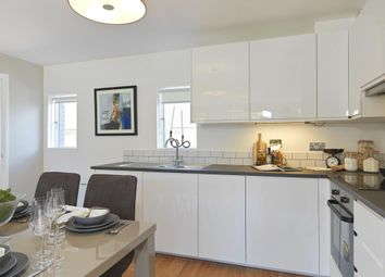 Thumbnail 2 bed town house for sale in Hungerford, West Berkshire