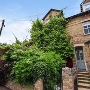 Thumbnail 3 bedroom end terrace house to rent in Leckford Road, Oxford